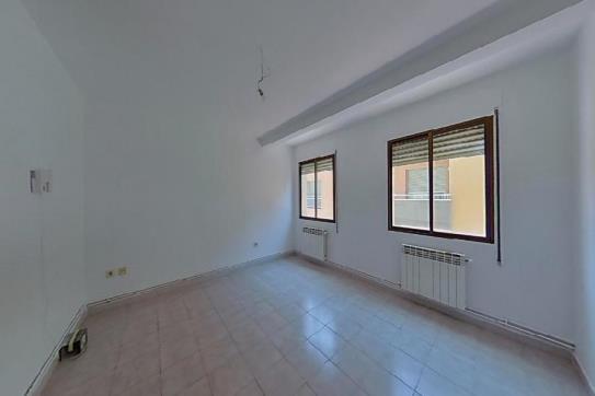 Piso en venta en Can Teixidó, Lleida, Lleida, Calle Lladonosa Pujol, 67.900 €, 4 habitaciones, 1 baño, 96 m2