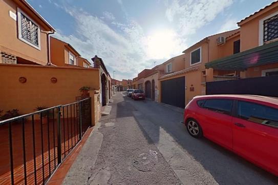 Casa en venta en Punta Carnero, Algeciras, Cádiz, Calle Microscopio, 115.140 €, 3 habitaciones, 2 baños, 85 m2