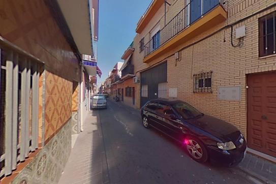 Piso en venta en Distrito Cerro-amate, Sevilla, Sevilla, Calle Villamanrique, 85.595 €, 3 habitaciones, 2 baños, 120 m2
