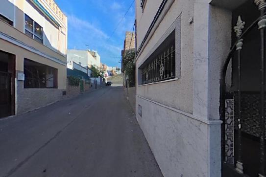 Casa en venta en Jerez de la Frontera, Cádiz, Calle Diego de Riaño, 85.990 €, 5 habitaciones, 1 baño, 175 m2