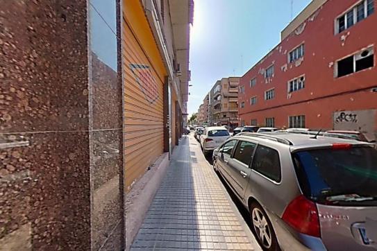 Piso en venta en Elche/elx, Alicante, Calle Capitán Gaspar Ortis, 84.000 €, 3 habitaciones, 1 baño, 105 m2