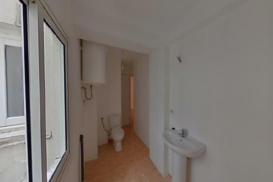 Piso en venta en Sant Pere I Sant Pau, Tarragona, Tarragona, Calle Joana Jugan, 64.000 €, 2 habitaciones, 1 baño, 42 m2