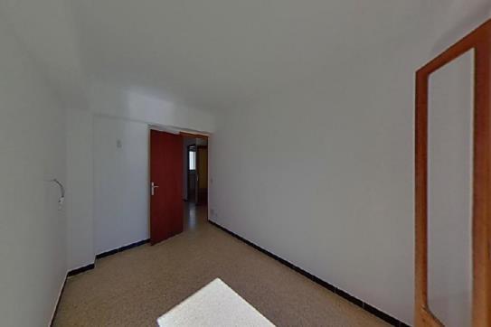 Piso en venta en Crist Rei, Inca, Baleares, Calle Es Terrers, 128.820 €, 4 habitaciones, 2 baños, 130 m2