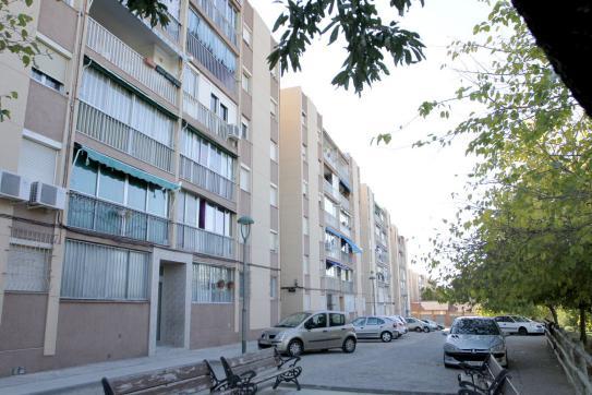 Piso en venta en Tarragona, Tarragona, Avenida Sant Salvador, 50.600 €, 2 habitaciones, 1 baño, 57 m2