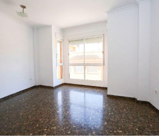Piso en alquiler en Sueca, Valencia, Calle Cantant la Vendrell, 335 €, 3 habitaciones, 2 baños, 110 m2