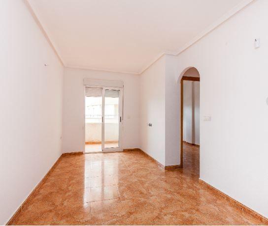 Piso en alquiler en Torrevieja, Alicante, Calle Juan Mateo Garcia Lorca, 365 €, 2 habitaciones, 1 baño, 64 m2