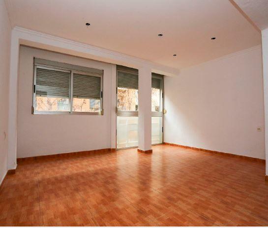 Piso en alquiler en Valencia, Valencia, Calle Asturias, 565 €, 3 habitaciones, 1 baño, 82 m2