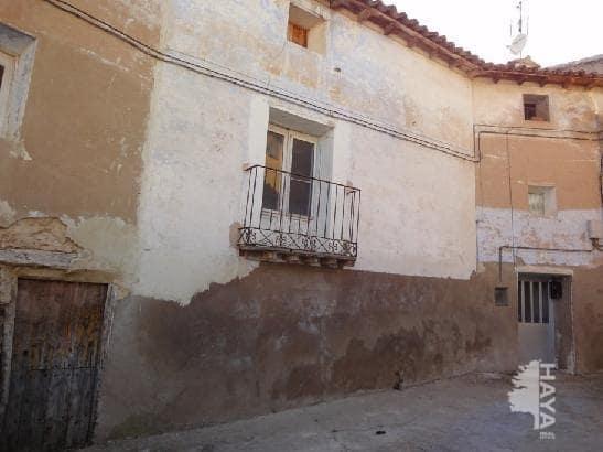 Casa en venta en Velilla de Jiloca, Zaragoza, Calle Ciudad Real, 33.000 €, 3 habitaciones, 1 baño, 238 m2