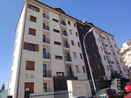 Piso en venta en Jaca, Huesca, Calle Infantadoa Sancha, 134.000 €, 2 habitaciones, 1 baño, 72 m2