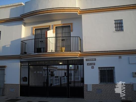 Piso en venta en Las Tres Piedras, Chipiona, Cádiz, Avenida Jaen, 107.000 €, 3 habitaciones, 2 baños, 91 m2