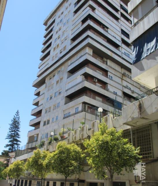 Piso en venta en Huelva, Huelva, Avenida Martín Alonso Pinzón, 116.043 €, 3 habitaciones, 1 baño, 81 m2
