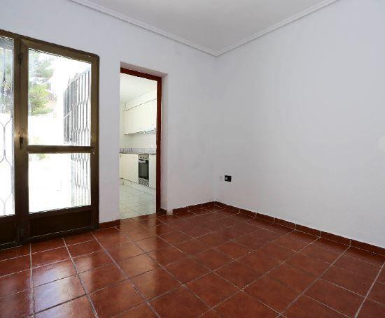 Piso en alquiler en Valencia, Valencia, Calle Cavite, 600 €, 3 habitaciones, 1 baño, 85 m2