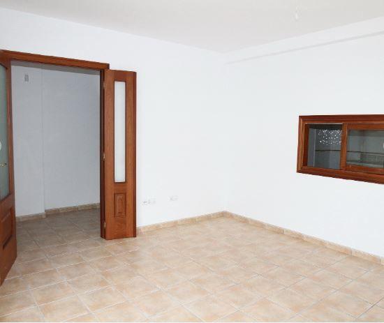 Casa en alquiler en Antigua, Las Palmas, Calle Alcalde Marcial Sanchez Velazquez, 570 €, 2 habitaciones, 2 baños, 114 m2