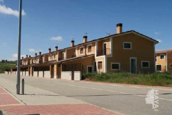 Casa en venta en Fuensaldaña, Valladolid, Calle Cencibel, 111.000 €, 4 habitaciones, 3 baños, 151 m2