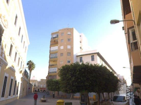 Piso en venta en Almería, Almería, Calle General Luque, 54.500 €, 3 habitaciones, 1 baño, 59 m2