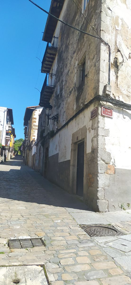 Piso en venta en 41863, Laredo, Cantabria, Calle San Marcial, 60.000 €, 3 habitaciones, 1 baño, 105 m2