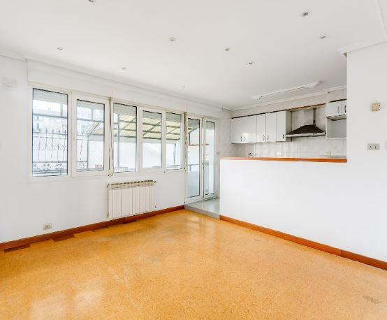 Piso en alquiler en Vitoria-gasteiz, Álava, Calle Sierras Alavesas, 750 €, 3 habitaciones, 1 baño, 82 m2