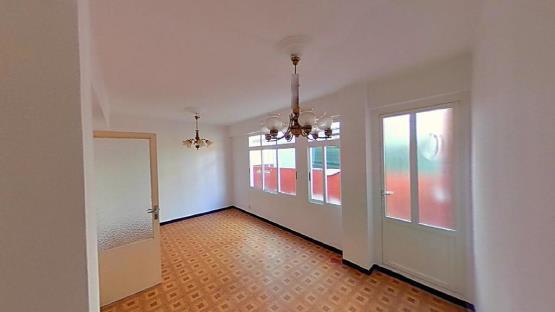 Piso en venta en Piso en Ferrol, A Coruña, 42.260 €, 4 habitaciones, 1 baño, 91 m2