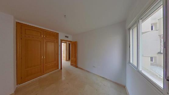 Piso en venta en Lucena, Córdoba, Calle Alberto de Cuenca, 88.200 €, 3 habitaciones, 1 baño, 110 m2