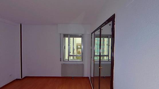 Piso en venta en Laguna de Duero, Valladolid, Avenida Prado Boyal, 95.500 €, 4 habitaciones, 2 baños, 107 m2