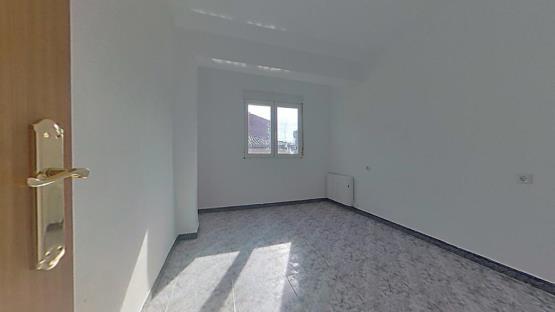 Piso en venta en Piso en Miranda de Ebro, Burgos, 43.700 €, 1 baño, 70 m2