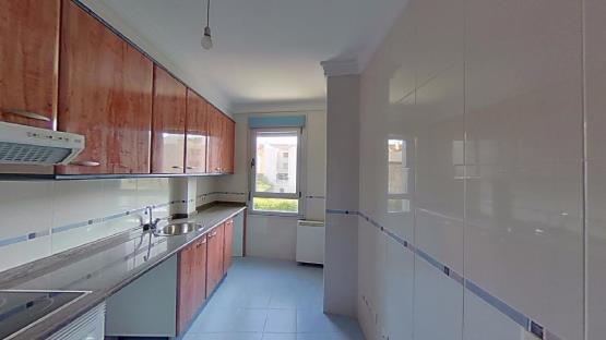 Piso en venta en Salas, Asturias, Avenida de la Flores, 98.600 €, 1 baño, 122 m2