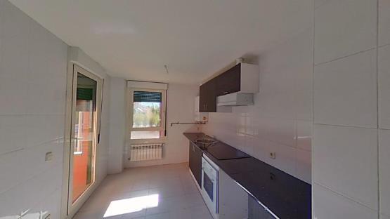 Piso en venta en La Lastrilla, Segovia, Carretera Nacional, 156.400 €, 3 habitaciones, 2 baños, 114 m2