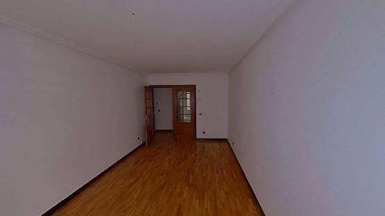 Piso en venta en León, León, Calle Paramo, 126.500 €, 1 baño, 84 m2