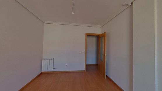 Piso en venta en Villares de la Reina, Salamanca, Calle Rosales, 124.800 €, 2 baños, 125 m2