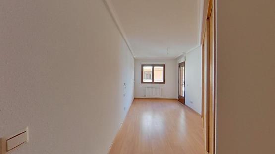 Piso en venta en Villares de la Reina, Salamanca, Calle Rosales, 125.200 €, 2 baños, 153 m2