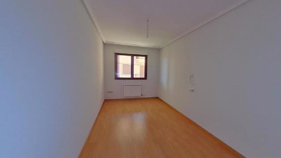 Piso en venta en Villares de la Reina, Salamanca, Calle Rosales, 124.700 €, 2 baños, 153 m2