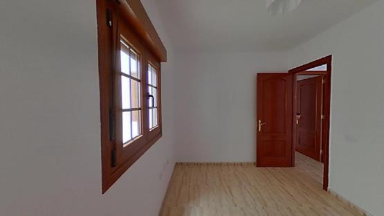 Piso en venta en Puerto del Rosario, Las Palmas, Calle Antonio Espinosa, 77.100 €, 1 baño, 68 m2