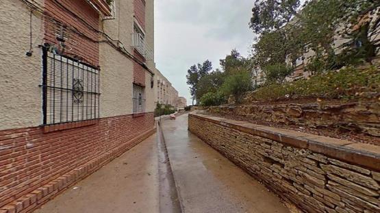 Piso en venta en Parque de la Avenidas, Alicante/alacant, Alicante, Paraje Marques de Santillana, 26.500 €, 1 baño, 75 m2