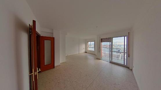 Piso en venta en San García, Algeciras, Cádiz, Avenida Virgen del Carmen, 112.400 €, 1 habitación, 1 baño, 117 m2