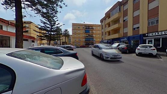 Piso en venta en Valdelagrana, El Puerto de Santa María, Cádiz, Avenida de la Constitucion, 105.300 €, 4 habitaciones, 2 baños, 114 m2