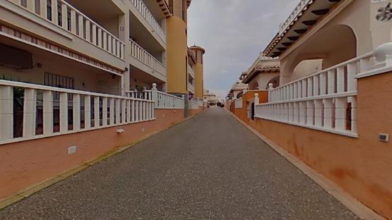 Piso en venta en Orihuela Costa, Orihuela, Alicante, Calle Castillo de Guadalest, 84.800 €, 1 baño, 71 m2