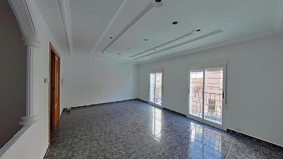 Piso en venta en Camí Dels Magros, Elche/elx, Alicante, Calle Antonuio Martinez Garcia, 59.700 €, 1 habitación, 1 baño, 70 m2