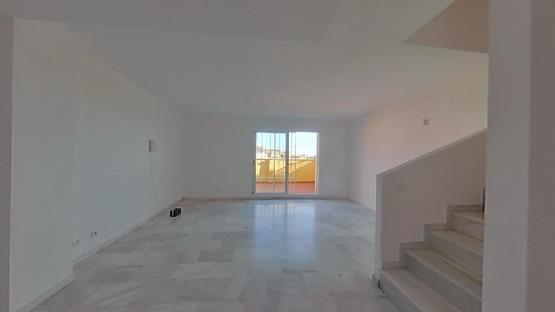Casa en venta en Las Zorreras, Rincón de la Victoria, Málaga, Calle Antonio de Hilaria, 241.500 €, 3 habitaciones, 2 baños, 117 m2