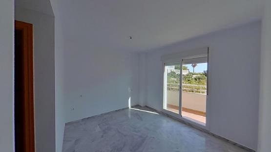 Piso en venta en Rincón de la Victoria, Málaga, Avenida Pintores, 231.000 €, 1 baño, 133 m2