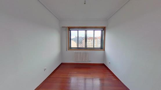 Piso en venta en O Lagar, Ourense, Ourense, Calle Telleira, 124.500 €, 2 habitaciones, 1 baño, 59 m2