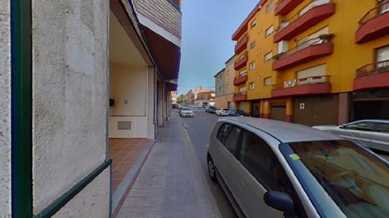 Piso en venta en Xalet del Robert, Torelló, Barcelona, Calle Puig -agut, 65.200 €, 3 habitaciones, 2 baños, 137 m2