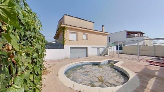 Casa en venta en Can Riereta, Sils, Girona, Calle Josep Vicenc Foix, 242.600 €, 3 habitaciones, 2 baños, 299 m2