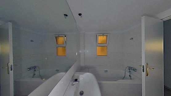 Piso en venta en Piso en Torremolinos, Málaga, 182.600 €, 2 habitaciones, 1 baño, 81 m2