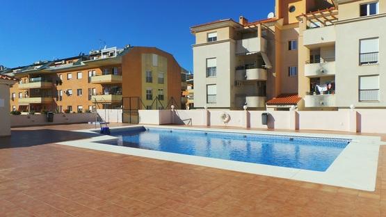 Piso en venta en Sabinillas, Manilva, Málaga, Urbanización Manisabi, 132.447 €, 2 habitaciones, 1 baño, 83 m2