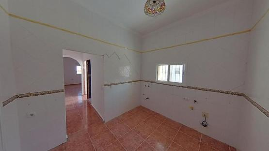 Piso en venta en Villamartín, Cádiz, Calle del Boquete del Tio Parrao, 45.050 €, 3 habitaciones, 1 baño, 111 m2