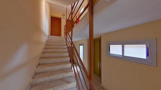Piso en venta en Reyes Católicos, Alcalá de Henares, Madrid, Calle Pedro de Lerma, 88.600 €, 2 habitaciones, 1 baño, 111 m2