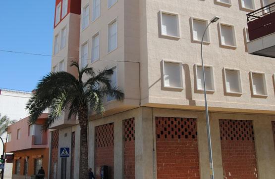 Piso en venta en Albatera, Alicante, Avenida Libertad, 65.600 €, 2 habitaciones, 2 baños, 75 m2