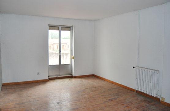 Piso en venta en Salas de los Infantes, Burgos, Calle San Roque, 97.280 €, 4 habitaciones, 1 baño, 205 m2