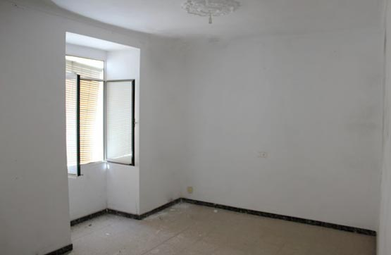 Piso en venta en Baena, Córdoba, Calle Mesones, 44.000 €, 1 habitación, 1 baño, 70 m2