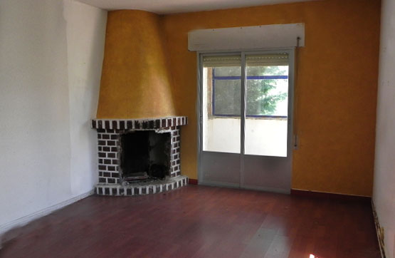 Casa en venta en La Beltraneja, Trijueque, Guadalajara, Calle Abedul, 70.500 €, 4 habitaciones, 2 baños, 140 m2